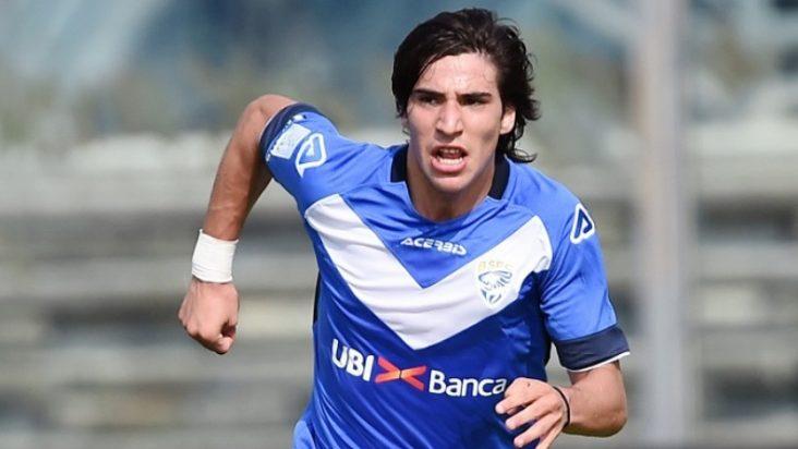 ساندرو تونالي لاعب بريشيا
